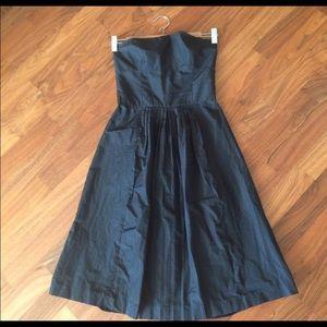 Theory black tube flare dress, really beautiful !
